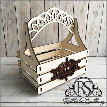 Dřevěný košíček pro družičky na okvětní lístky