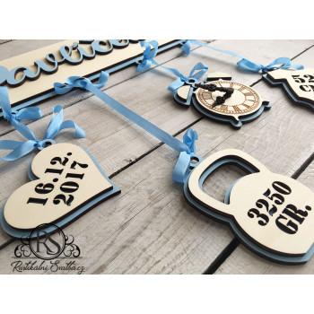 Svatební dar pro novomanžele - jmenovka nad postýlku pro chlapečka