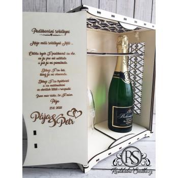 Velký dřevěný box na sekt a skleničku jako poděkování svědkyni, nebo družičce