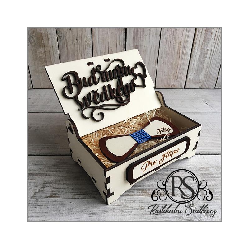 Malá dřevěná krabička na motýlek pro svědka - buď mým svědkem, nebo nejlepšímu svědkovi