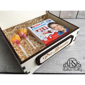Střední dřevěná krabička pro družičku - buď mou družičkou, nebo nejlepší družičce