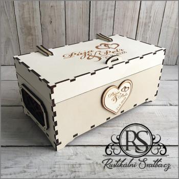 Dřevěná svatební krabička s vysokým víčkem velká na cukroví, nebo cokoli jiného