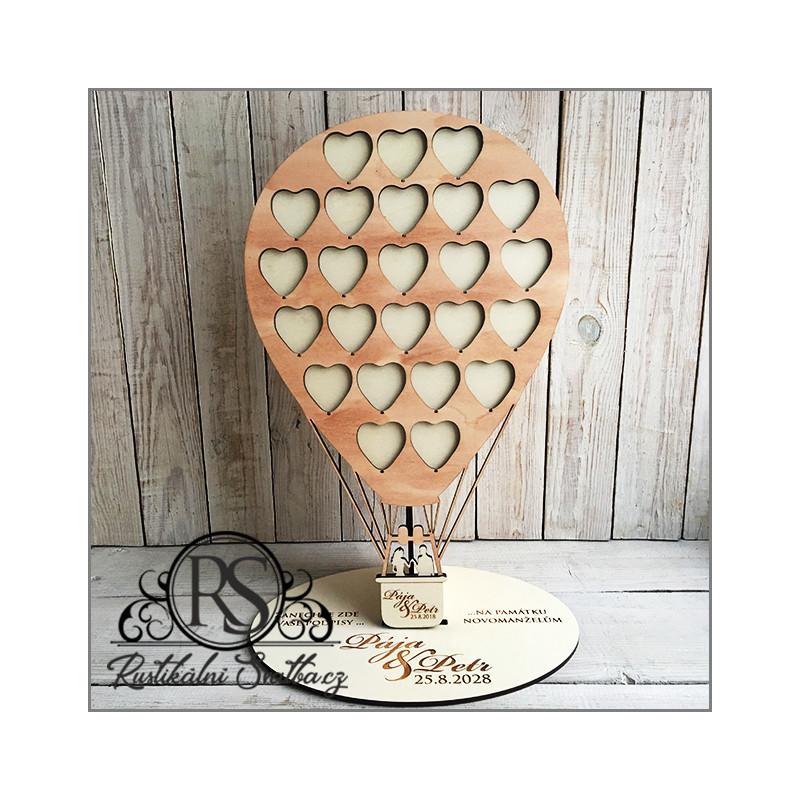 Připravili jsme pro Vás krásnou knihu hostů (guest book) ve tvaru balónu.