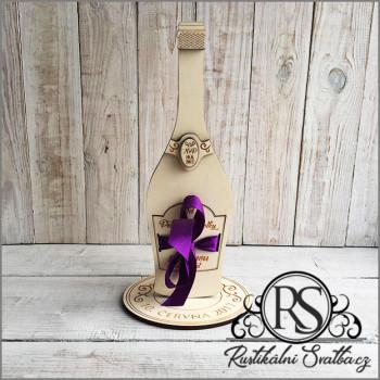 Svatební dar pro novomanžele - dřevěná láhev pro novomanžele